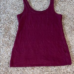 Maroon fitted tank top